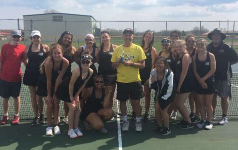 Girls Tennis Bouncing Back