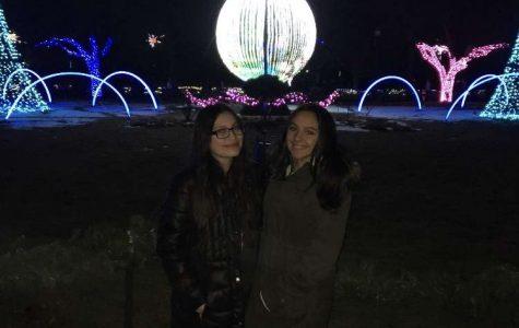 Nayely Espinoza-Perez, '20, and Salina Catilano, '20 at Detroit Zoo Lights