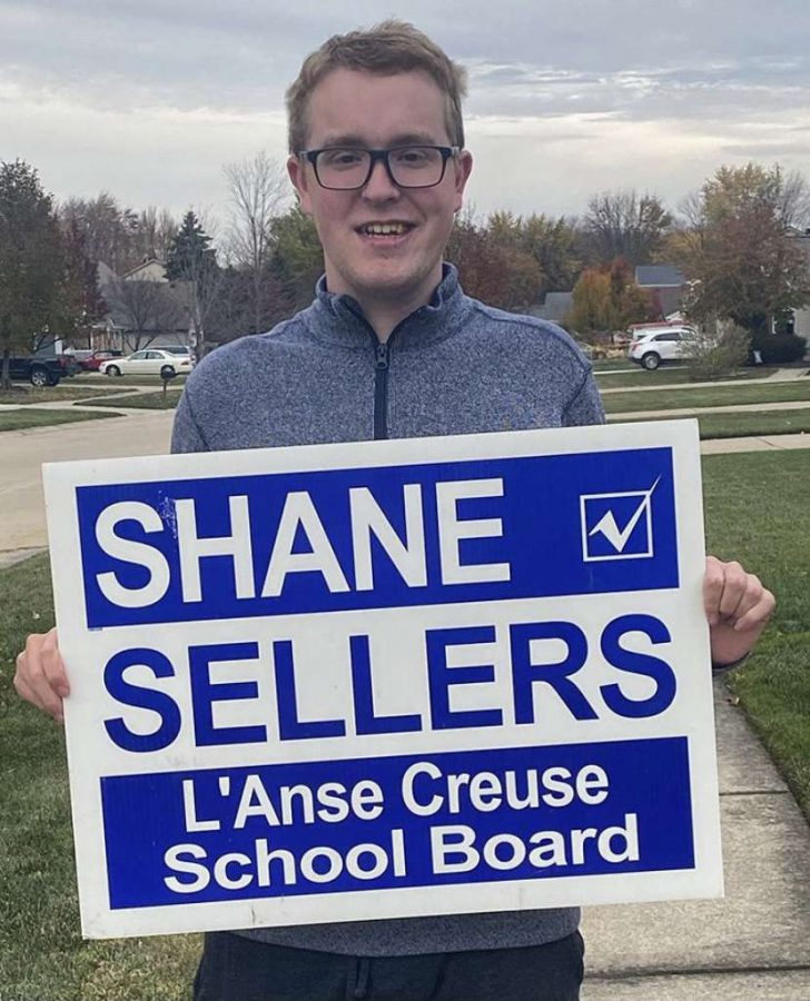 Sellers with his campaign sign. Photo credit: Sellers